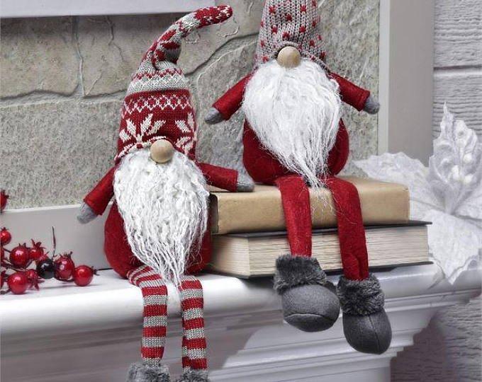 20 Plush Holiday Gnome