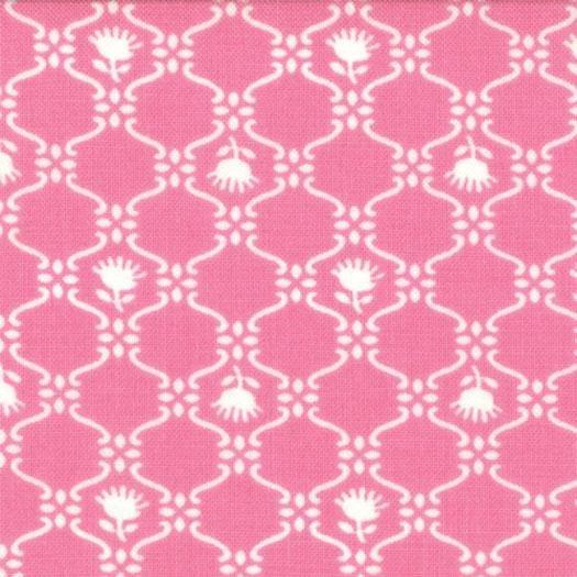 Glamping/Pink/White Flowers