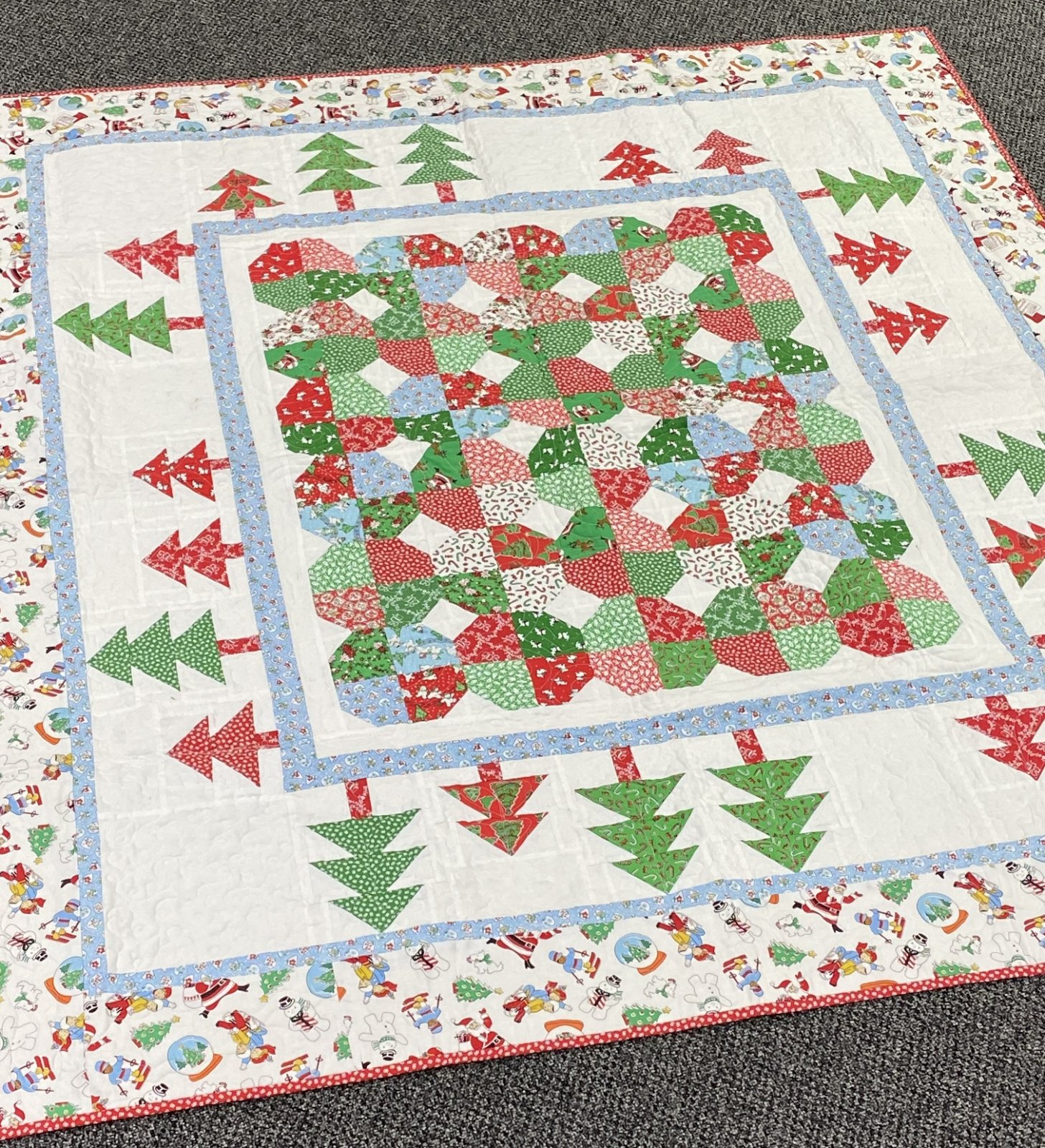 Christmas Holiday Finished Quilt