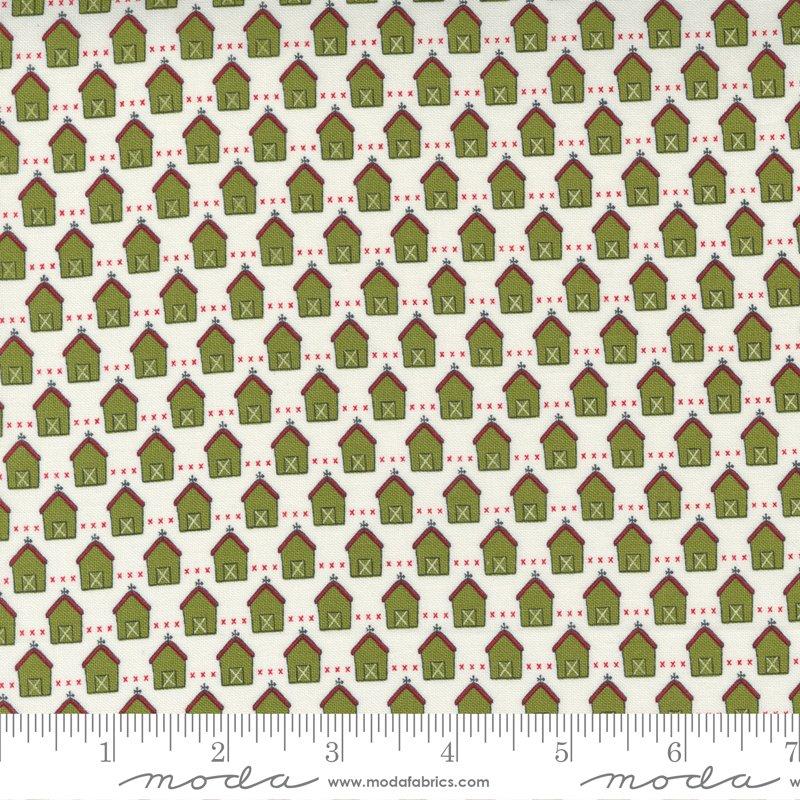 Red Barn Christmas - Green Vanilla 55532-24