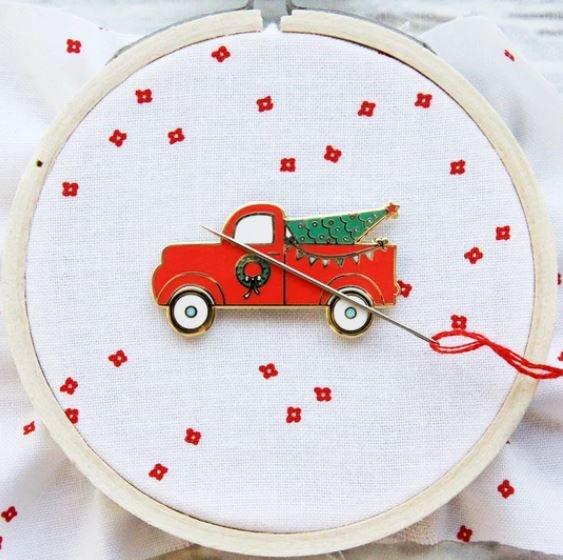 Christmas Truck Needle Minder