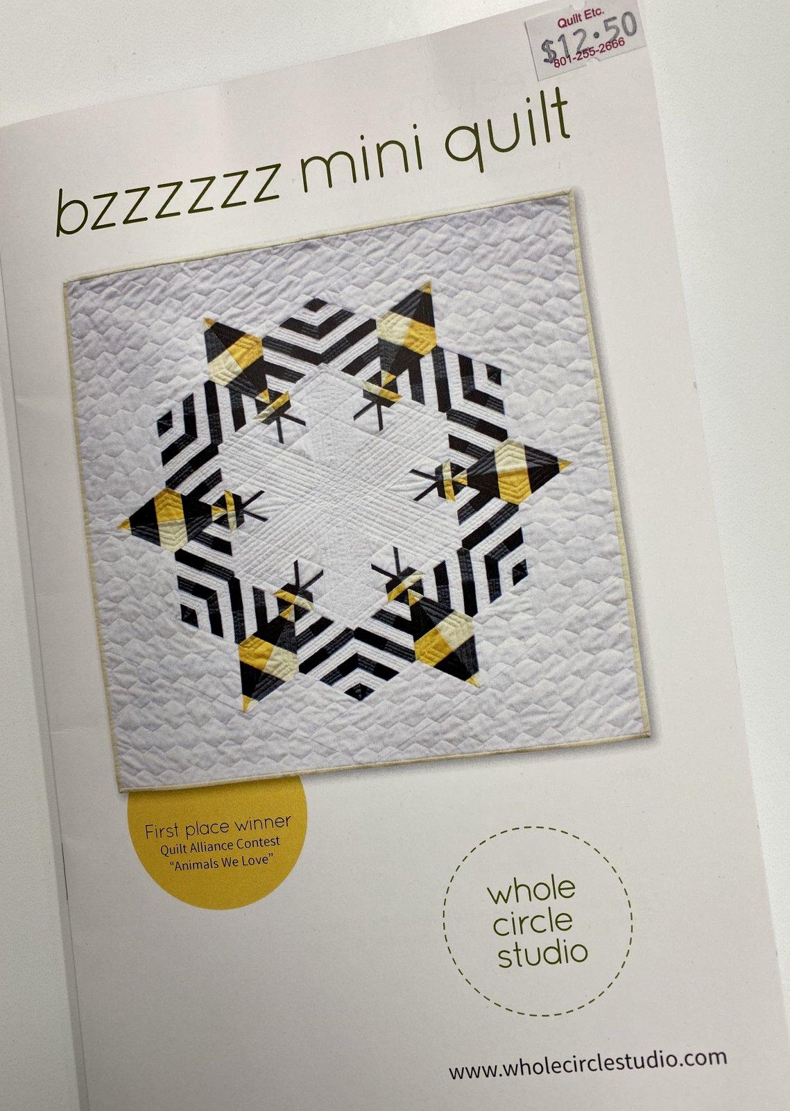 Bzzzzzz Mini Quilt