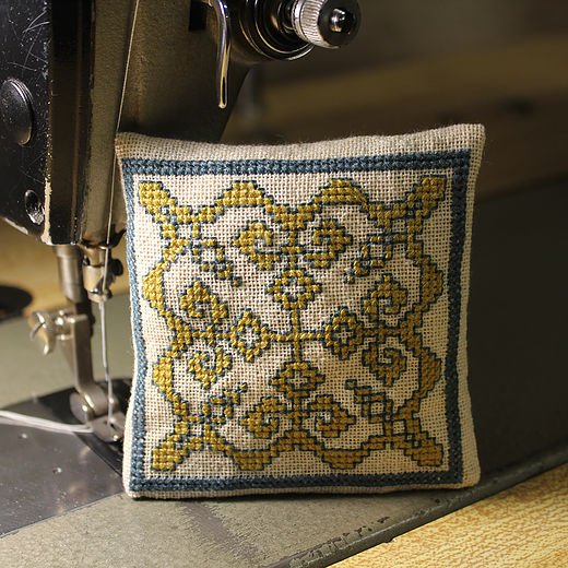 Avlea Embroidery BitKit #604