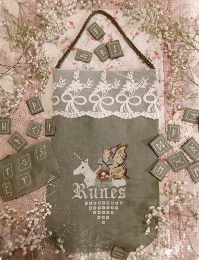 Fairy Wool in the Wood Runes