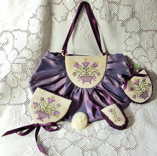 Giulia Punti Antichi Mary France's Sewing Purse