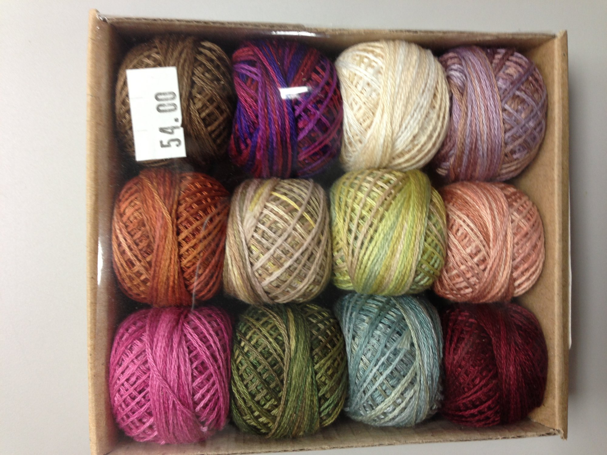 Valdani Rosewood Manor Summer Quaker thread pack