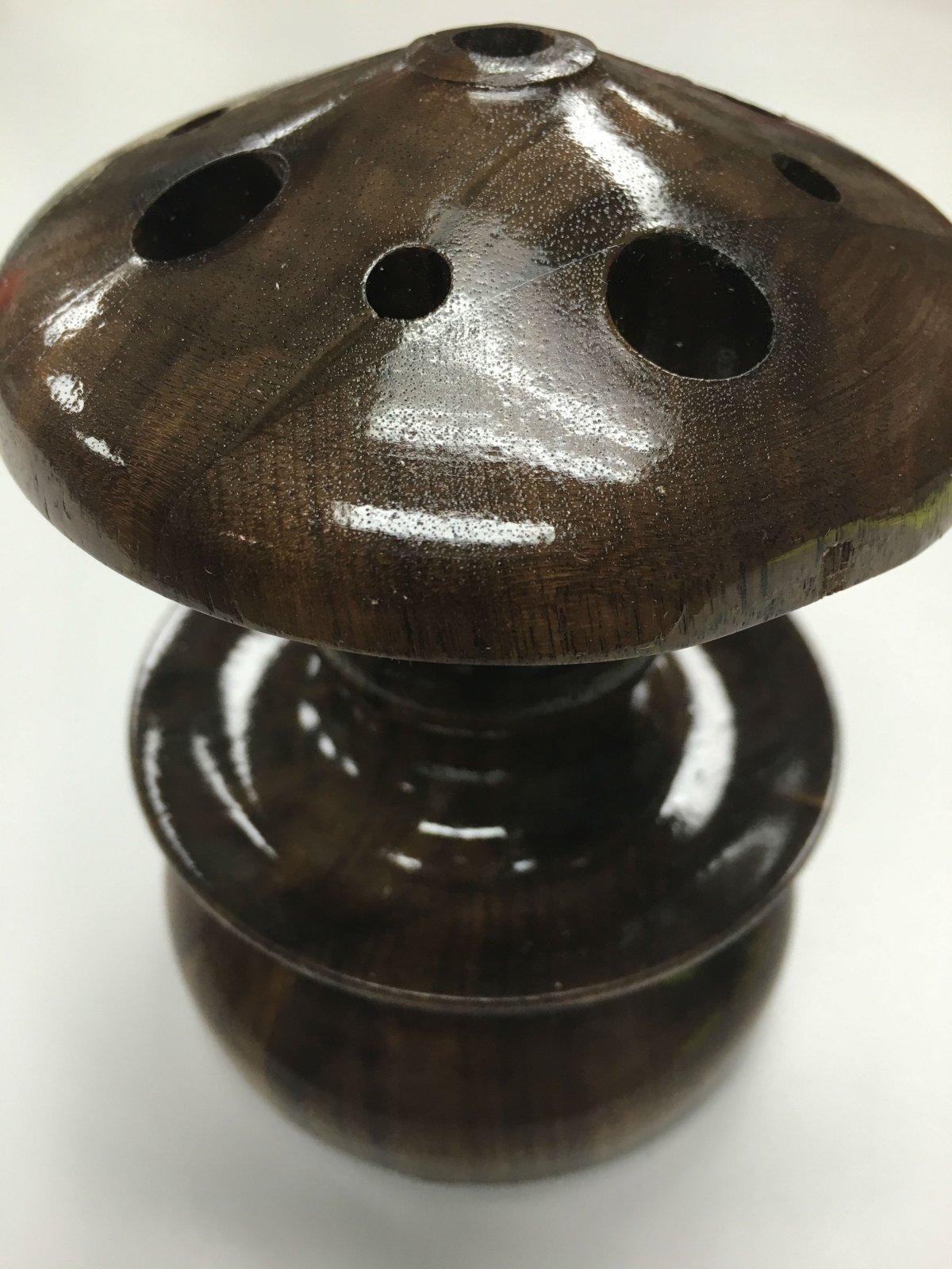 Greg's Turn Scissor Frog Walnut or Cherry