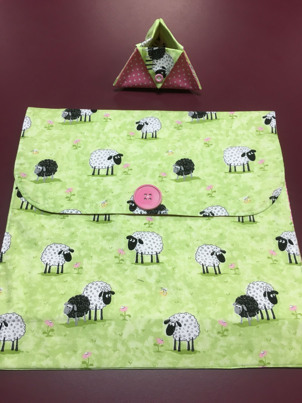 Project bag and ort bag - Lime with Sheep 14 x 13.25