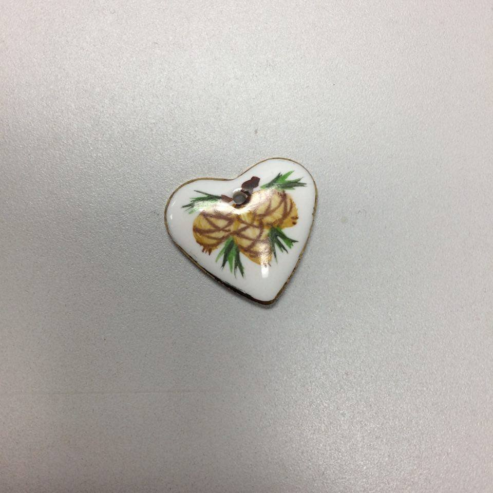 Jeni Boyd 2000 Pinecone Painted Heart Button