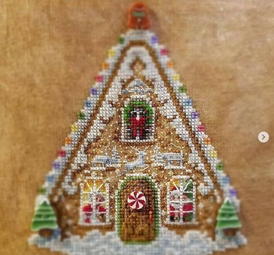 Blackberry Lane Gingerbread Valley Part 1: Sugared Gumdrops w/embellishments