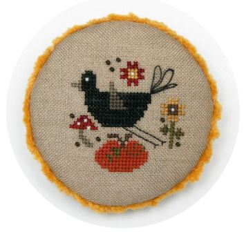 Heart in Hand Pocket Round: Crow w/beads
