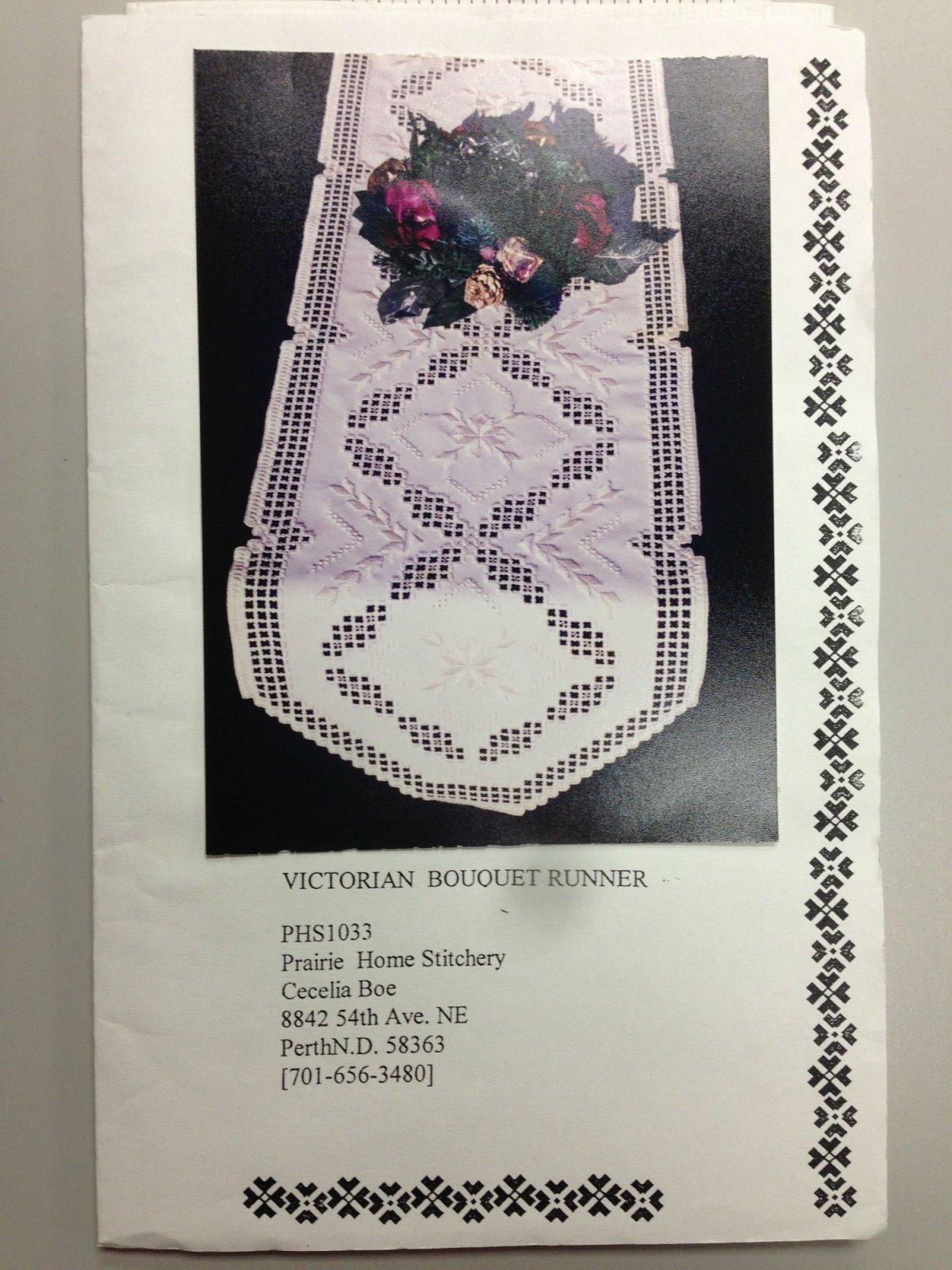 Prairie Home Stitchery Victorian Bouquet Runner