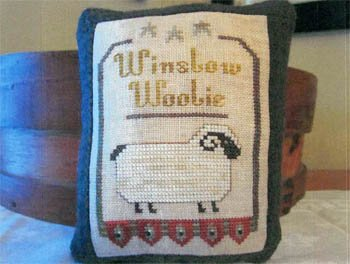 Widgets & Wool Primitives Winslow Woolie