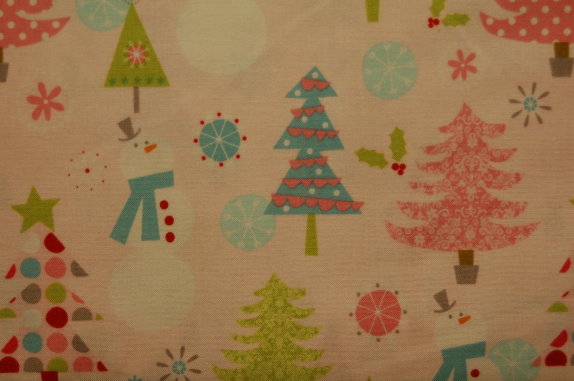 Christmas Basics - Trees and Snowmen (Pink) from Riley Blake Designs