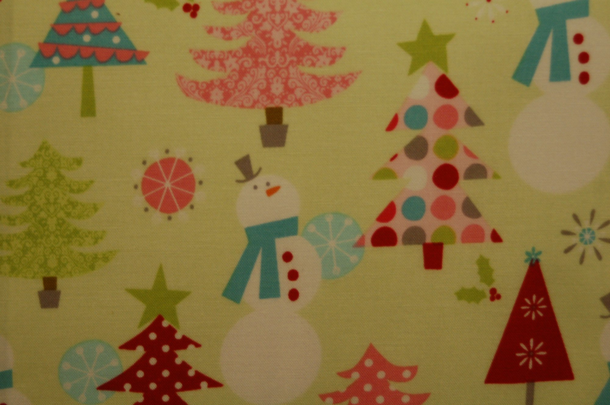 Christmas Basics - Trees and Snowmen (Lime) from Riley Blake Designs