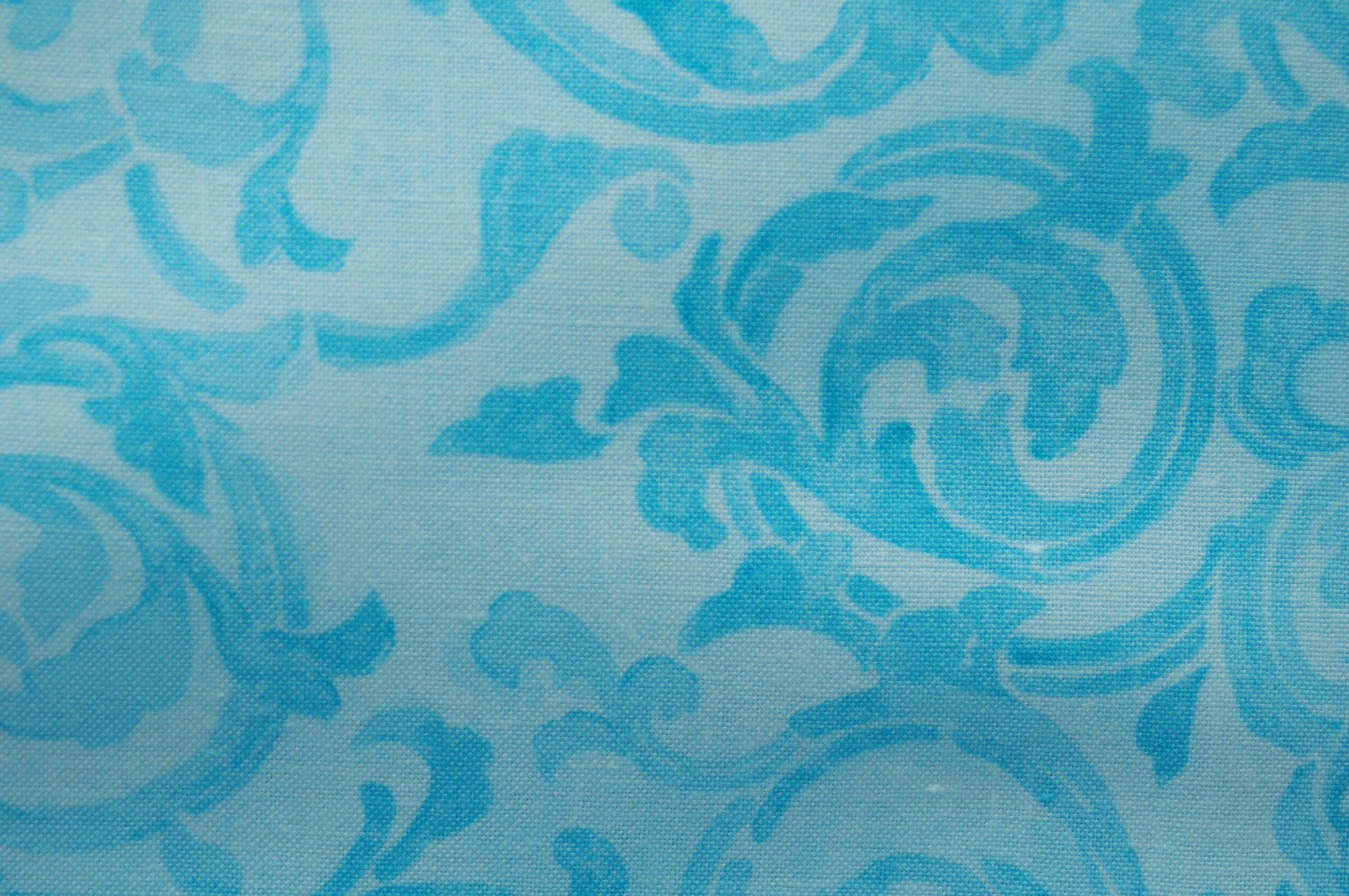 Bella - Ombre Scroll from Exclusively Quilters