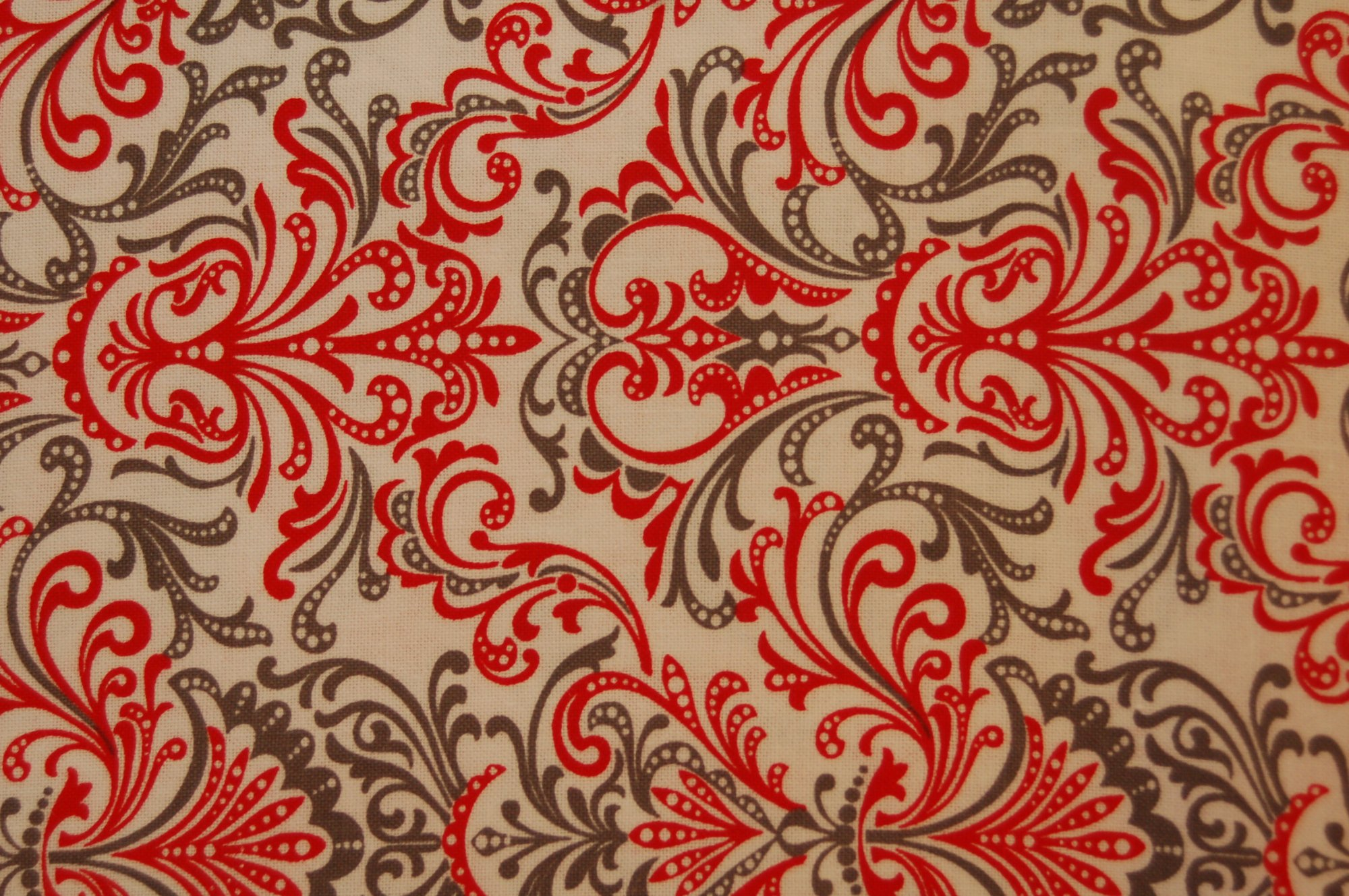 Bellissima - Bold Scroll from Exclusively Quilters
