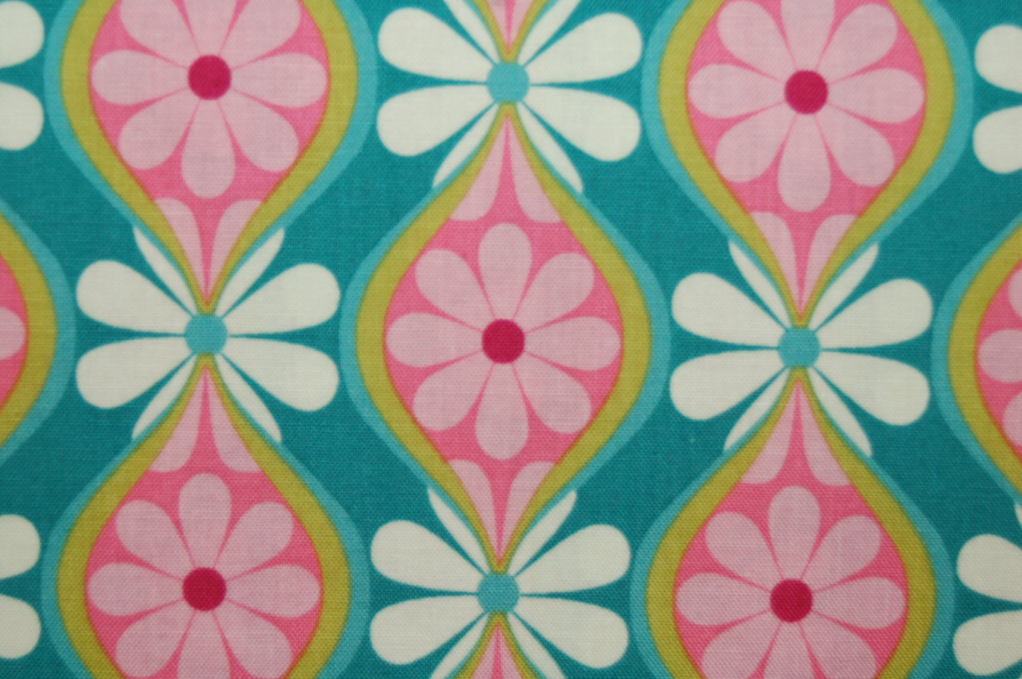 Boutanique - Wavy Motif from Lila Tueller for Riley Blake Designs