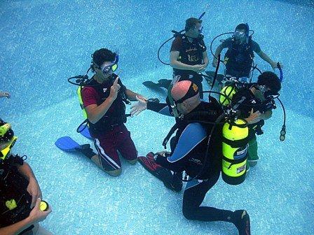 SDI SCUBA Diver Class ( Part 2 ) Academic Review & Pool Sessions