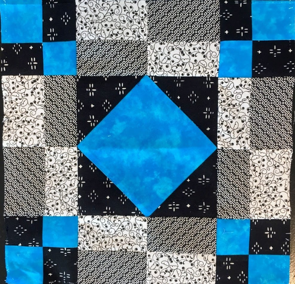 black white bright ktx $5 Quilt month 2