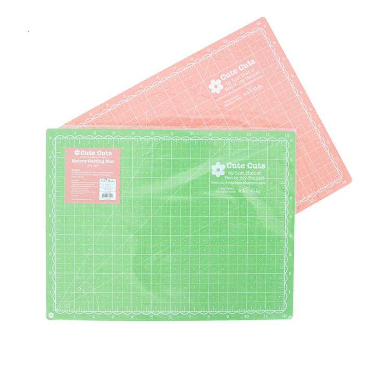 STCM-3592 9 x 12 Green/Coral Lori Holt Cutting Mat