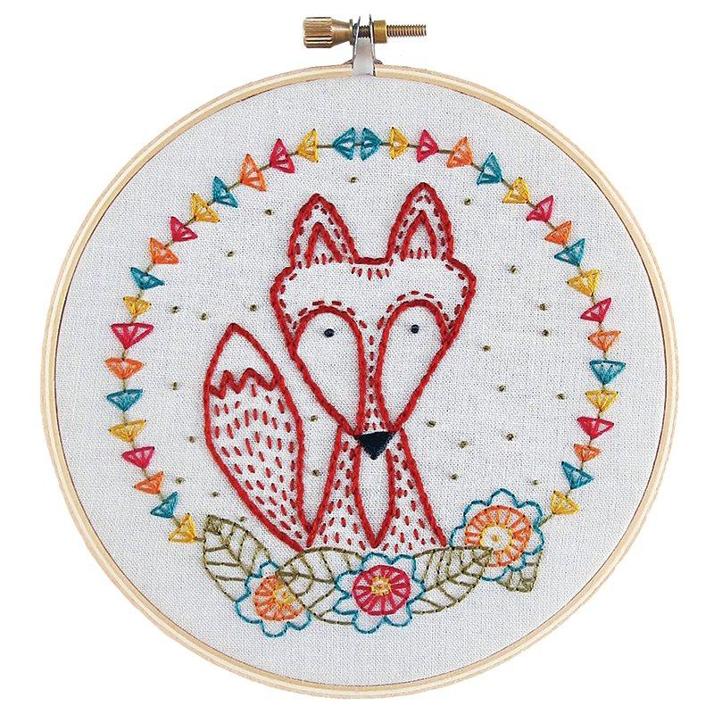 Crafty fox embroidery kit