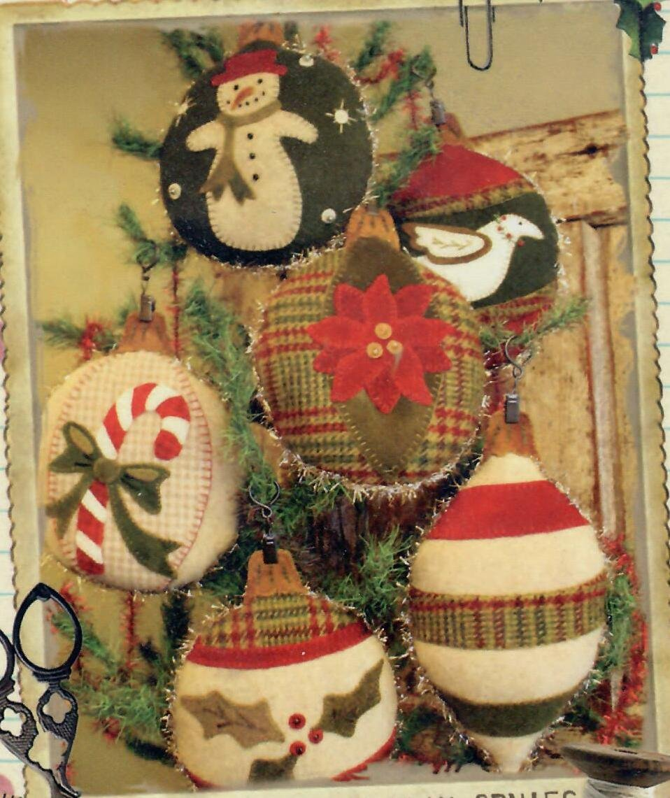Large Woolen Holiday Ornies