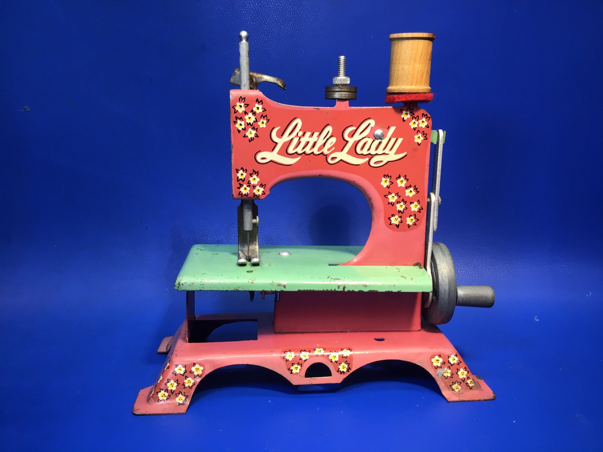 Little Lady Pink Toy Sewing Machine