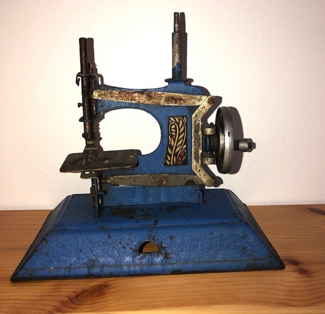 Vintage Toy Royal Blue Child Sewing Machine