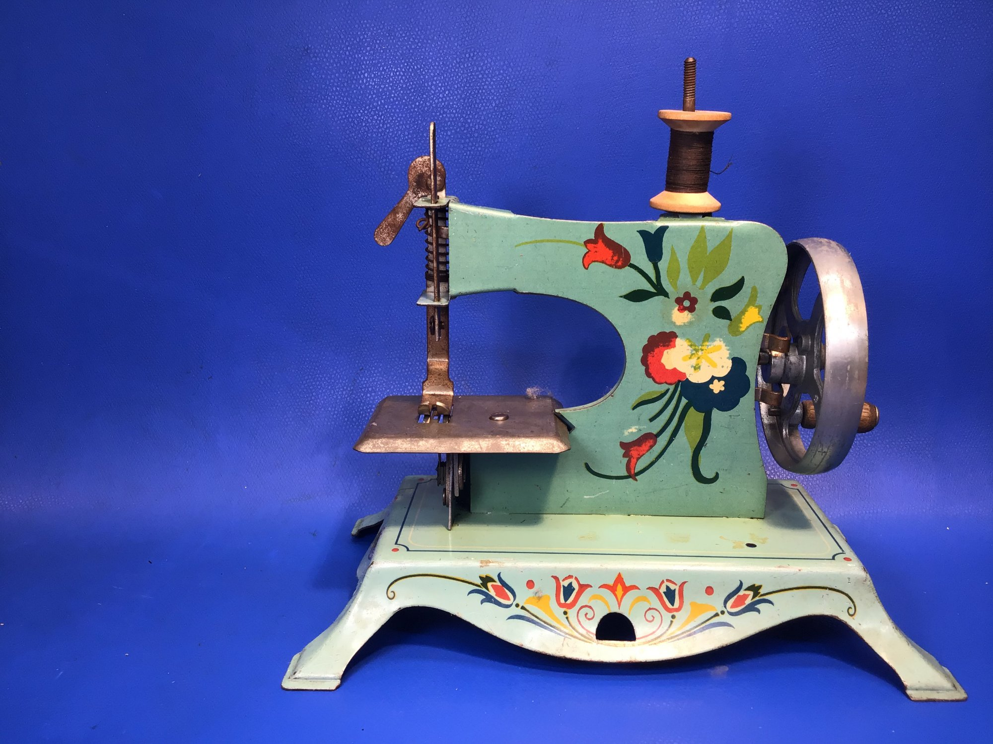 Beautiful Floral Toy Sewing Machine