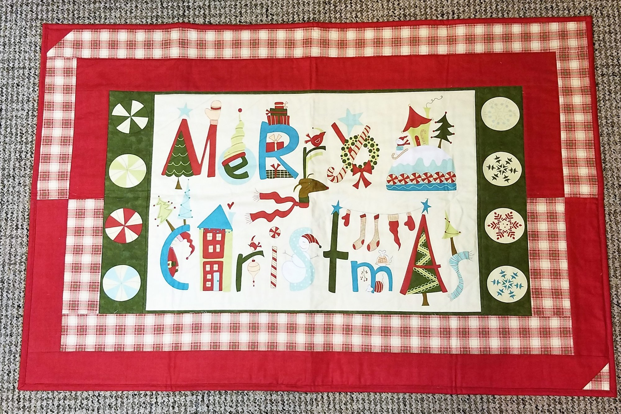 hard candy christmas tr and placemats - Hard Candy Christmas