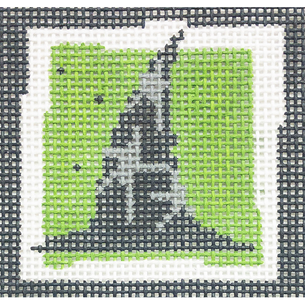 WITCH'S HAT - GREEN