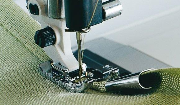 10mm Hemmer Foot - NOT FOR Diamond/Ruby/Sapphire/Topaz/Emerald 1-2-3-4-5-6-7 - Husqvarna Viking