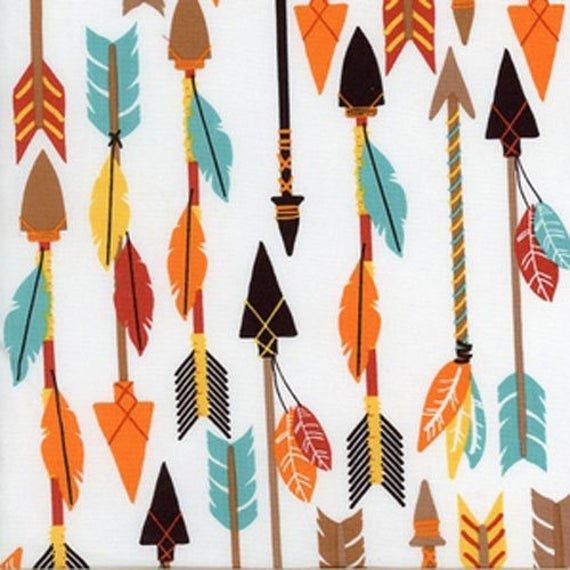 Luckie - Arrows on white