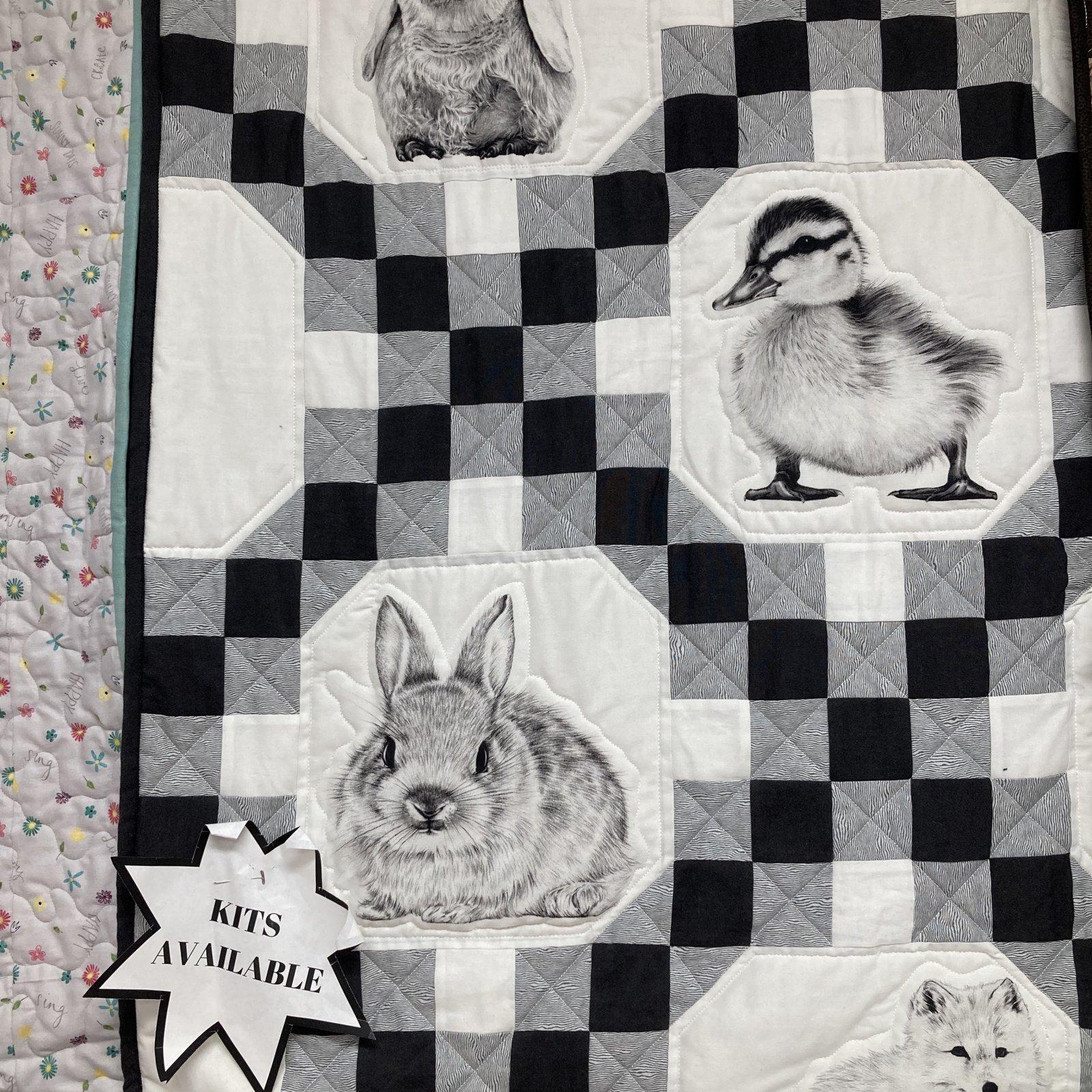 Versa-tile Quilt Kit - Grey 38 x 58