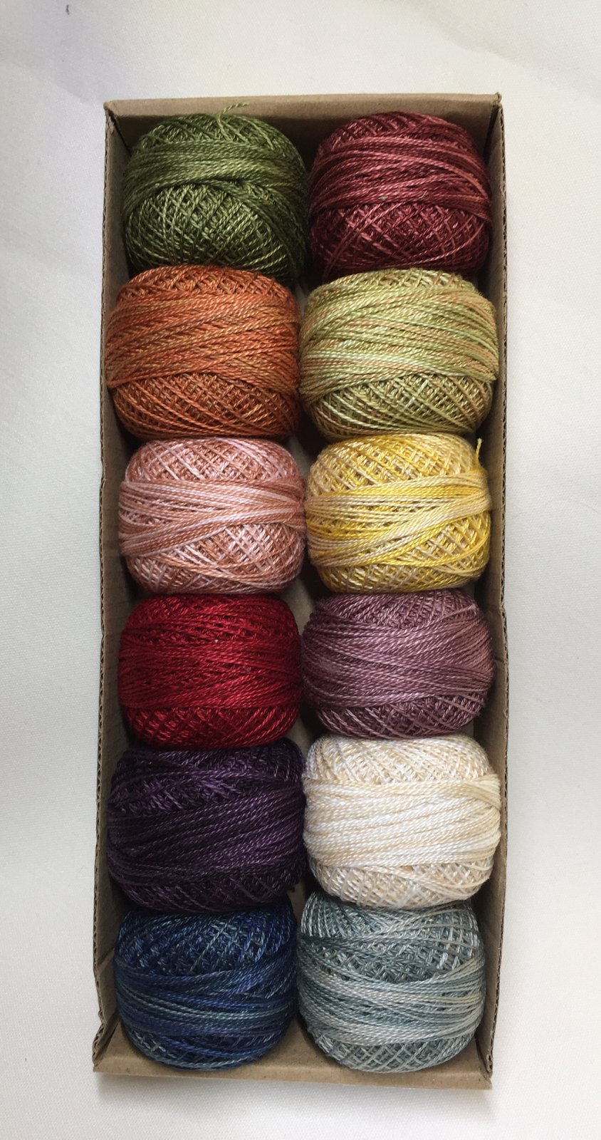 P12 Valdani - Fan Favorite Thread Collection