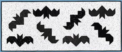 Mod Holiday Runner - Bats Kit