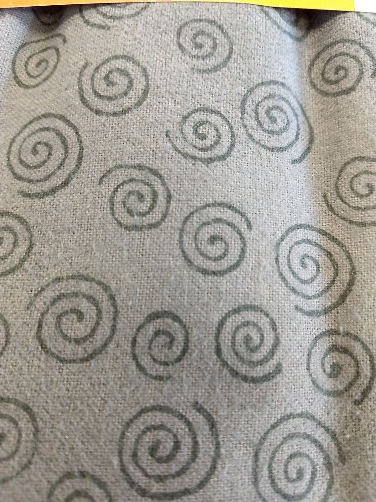 110 Flannel - 3yd cut - Swirls Charcoal
