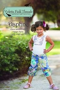 Daphne pattern by Violette Field Threads