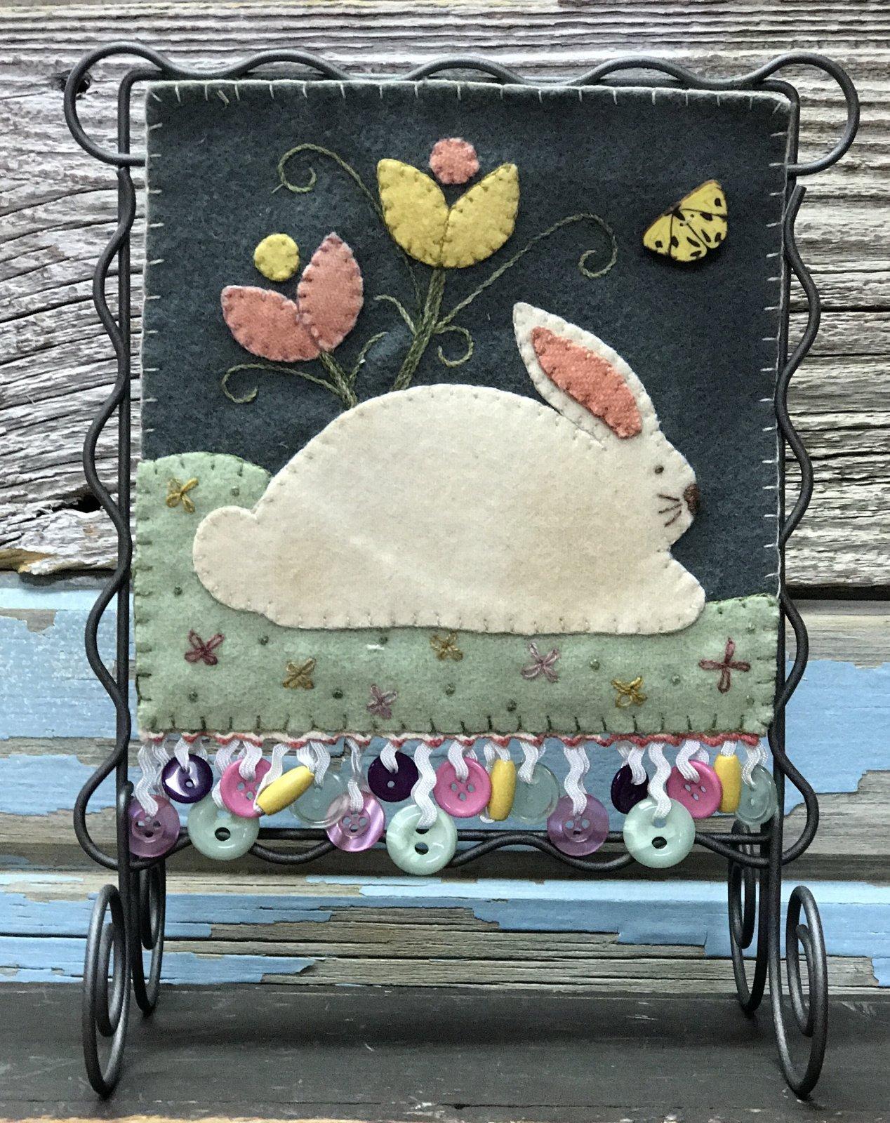Button Bunny 6.5 square