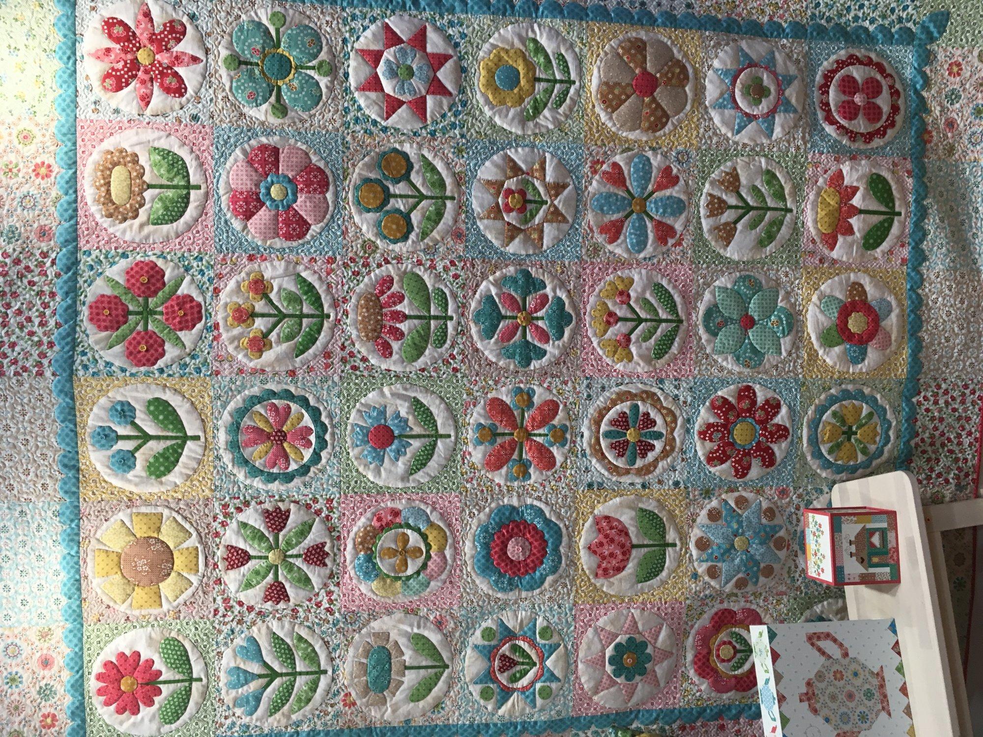 Granny's Garden Quilt -Kit