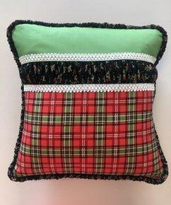 Plaid Christmas Pillow Kit
