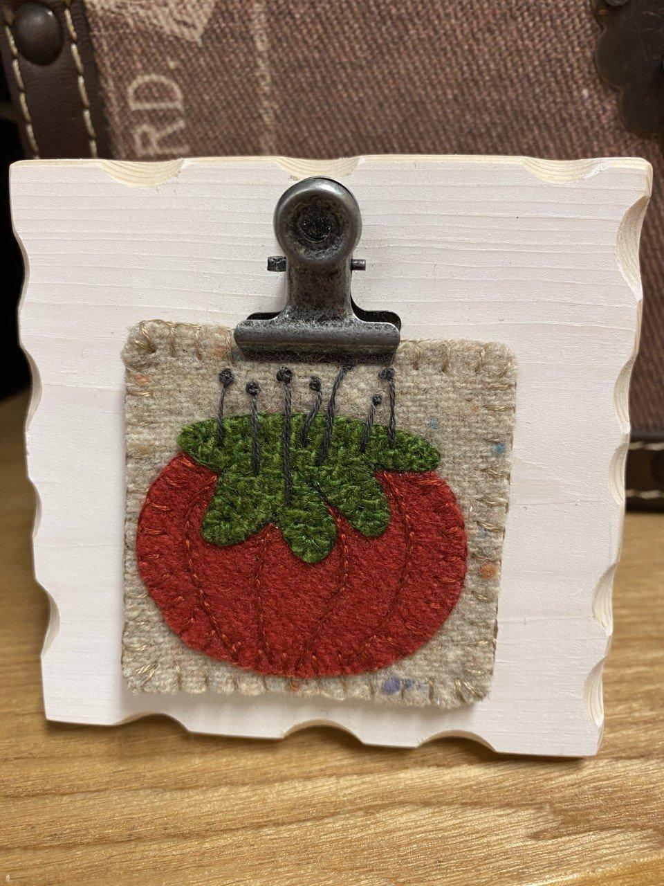Itty Bitty Kit - Tomato Pincushion