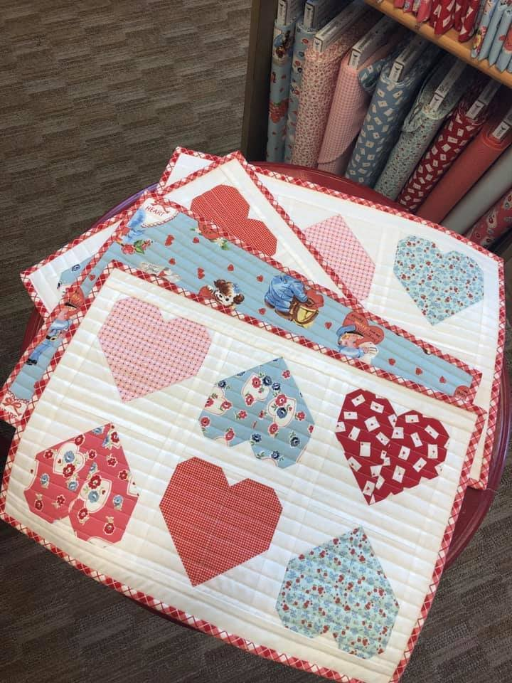 Sweetheart Placemats Kit