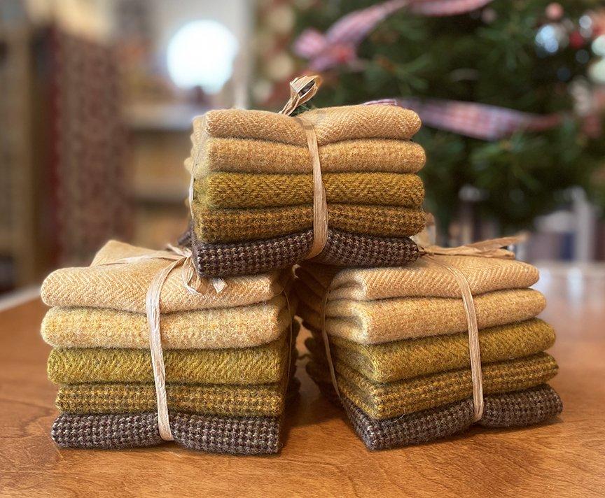 Jingle Bells Gold Wool Bundle - Sept 2021