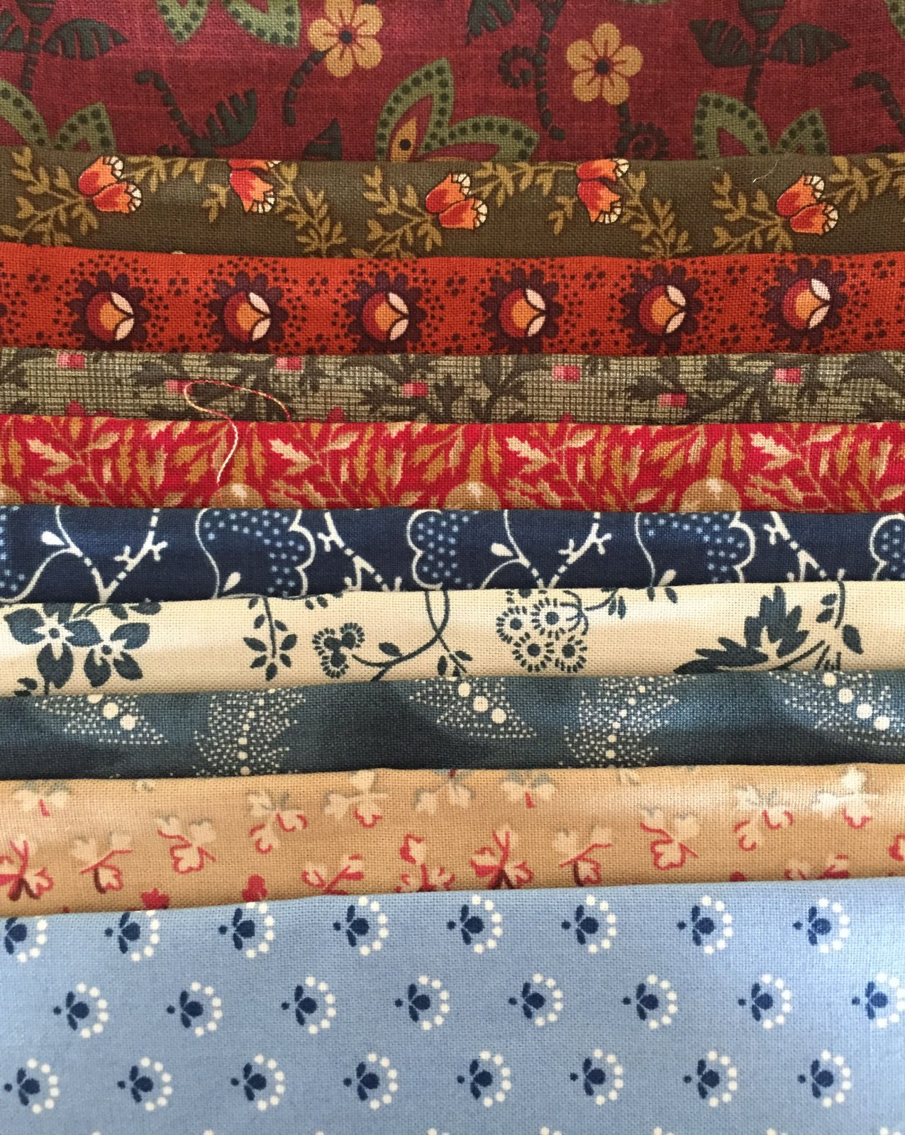 Fussy Fabric Bundle #27 May