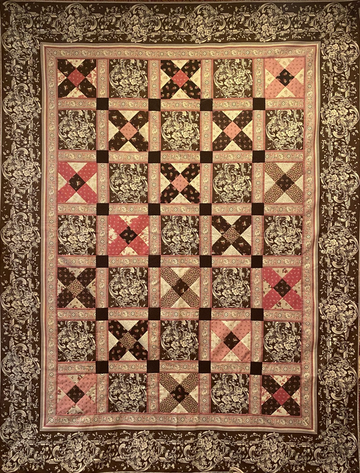 Madison Square Quilt Kit