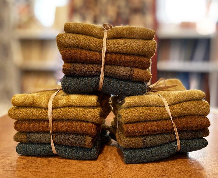 Pretty Peacock Wool Bundle - June 2021