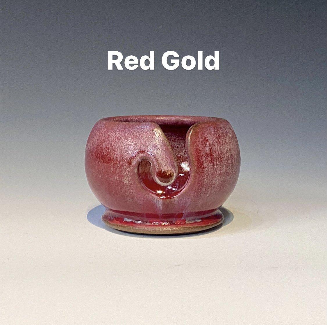 Red/Gold Handmade Ceramic Valdani Thread Bowl