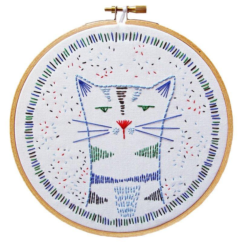 Embroidery Kit Nigel Nine Lives